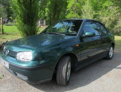 Volkswagen Golf Bordeaux