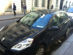 Renault Clio Paris 9e Arrondissement