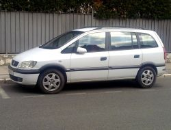 Opel Zafira Paris 16e Arrondissement